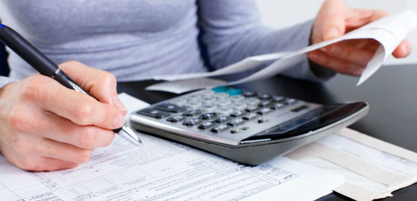How To Deduct Moving Expenses From Your Taxes