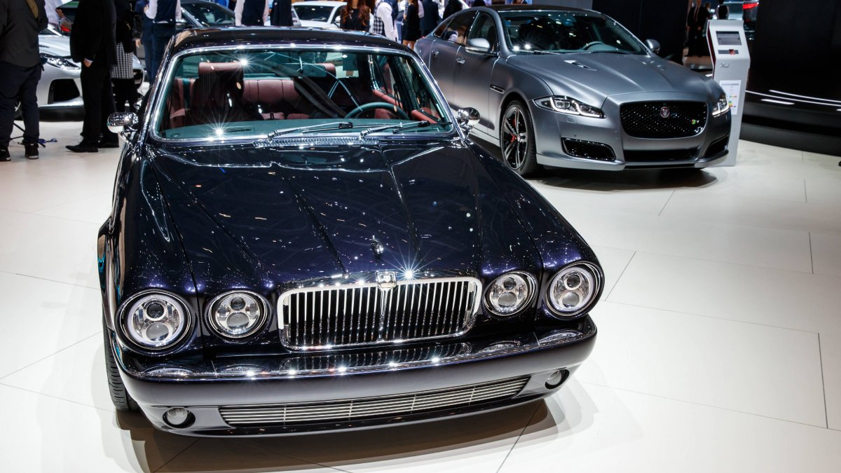 1984 Jaguar XJ6 Series 3 Greatest Hits