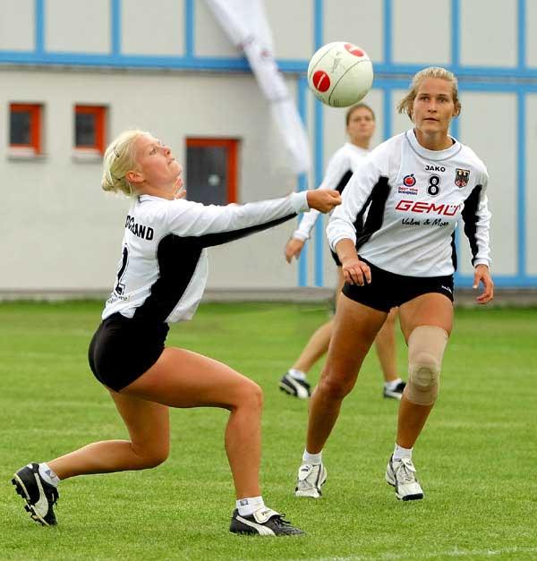 Female Fistball Team